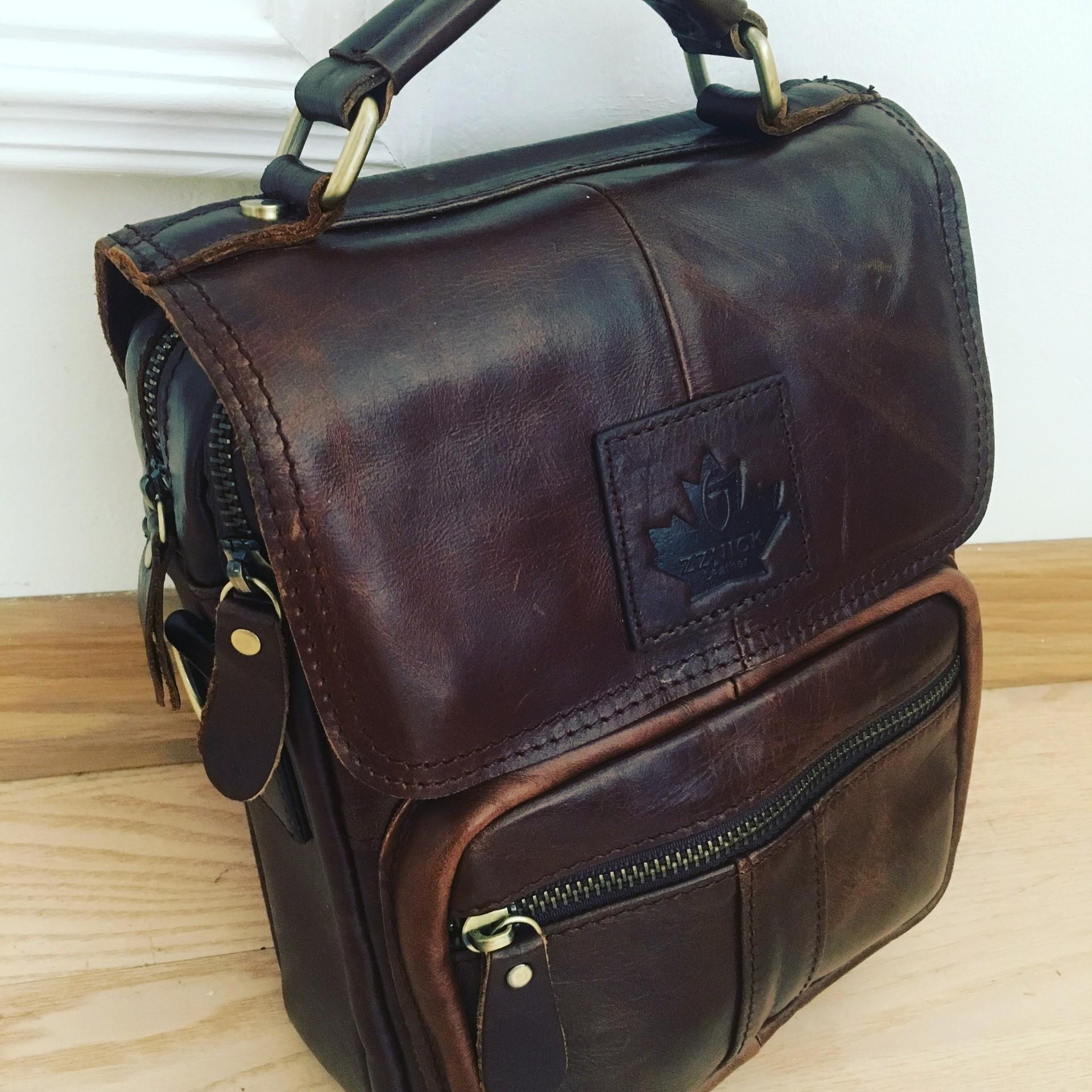 f3e80db6ee9e сумки canada в деталях